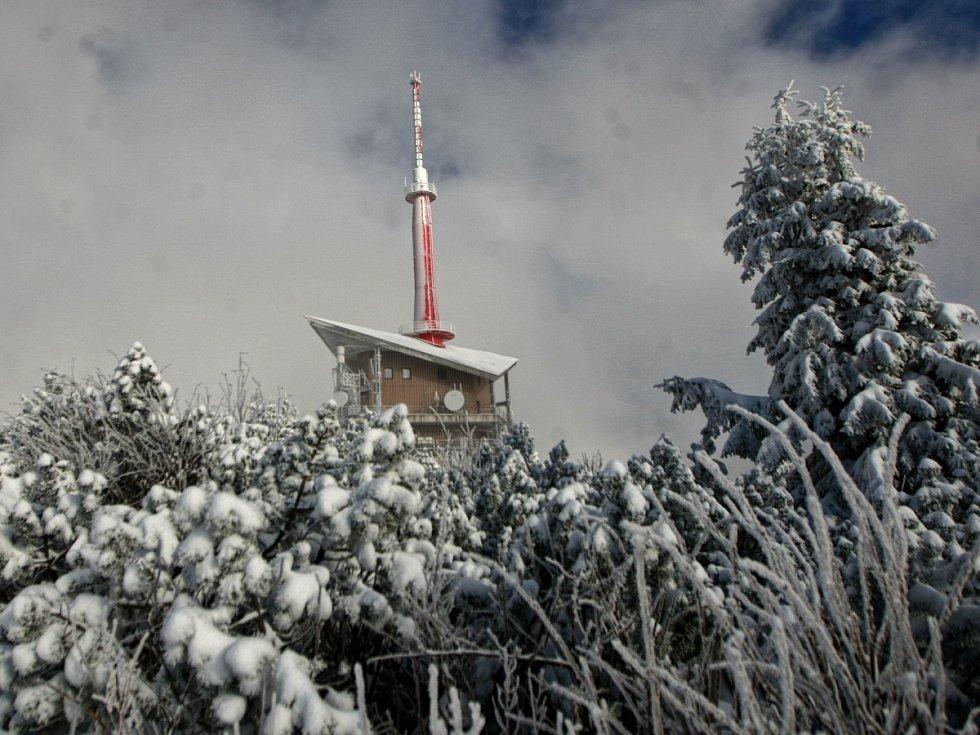 Lysá hora v zimě. Ilustrační foto