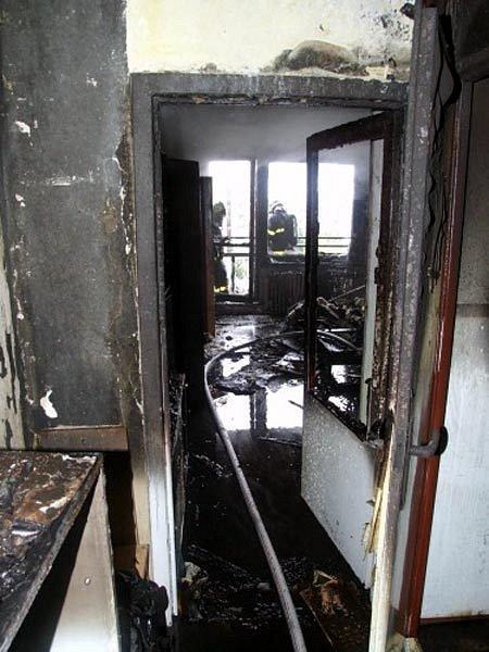 Požár v panelovém domě na Výškovické ulici v Ostravě