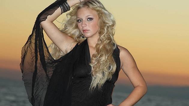 Mladá zpěvačka Markéta Konvičková.