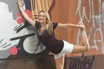 """LENKA KNAG, ostravská rodačka žijící v New Yorku, je důchovní """"matkou"""" festivalu jógy."""