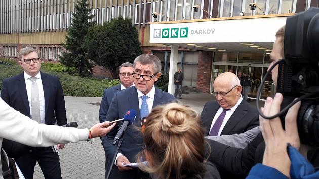 Předseda vlády Andrej Babiš (ANO) po jednání s vedením těžební společnosti OKD (na snímku uprostřed).
