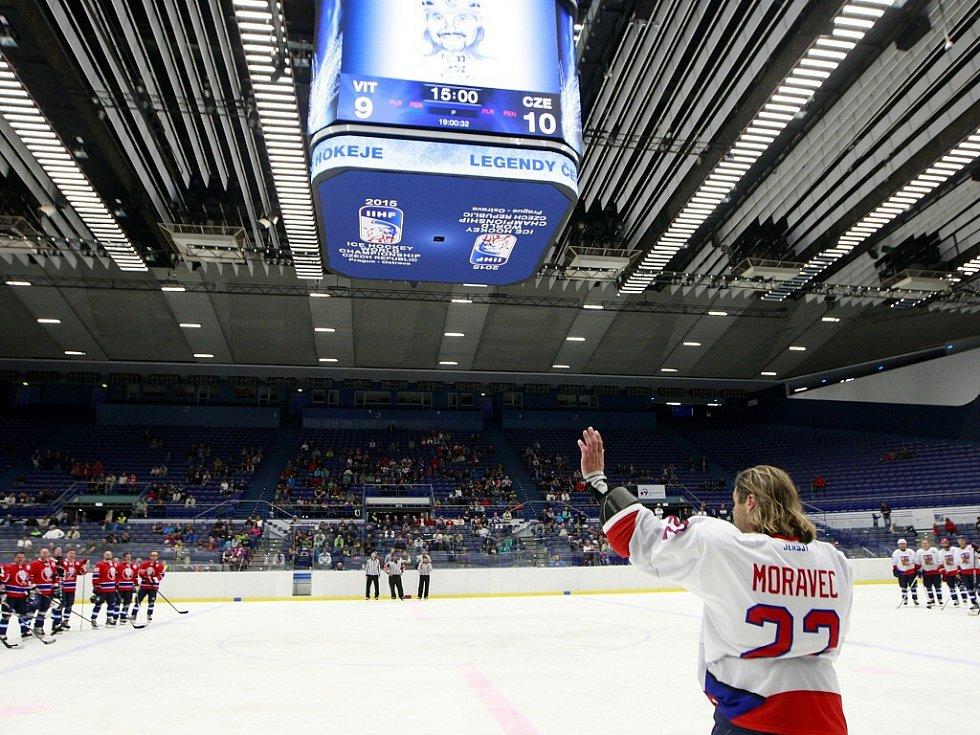 David Moravec je olympijský hokejový vítěz z Nagana a dvojnásobný mistr světa.