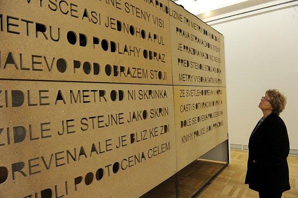 Začátek století 2000-2010probíhá vrekonstruovaném ostravském Domě umění.