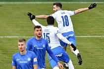 Utkání 9. kola první fotbalové ligy: Baník Ostrava - Slovan Liberec (1:0), 27. ledna 2021 v Ostravě. (vpravo) radost Patrizio Stronati z Ostravy a Tomáš Zajíc z Ostravy.