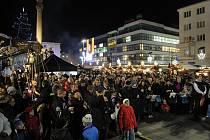 Česko zpívá koledy. Ilustrační foto z akce na Masarykově náměstí v Ostravě.