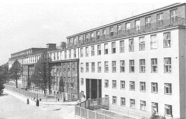 Tentýž pohled po rozsáhlé rekonstrukci a přístavbě vroce 1938.