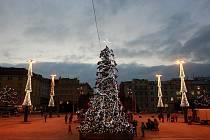 Takto Prokešovo náměstí v Ostravě rozzářila vánoční výzdoba v roce 2014.