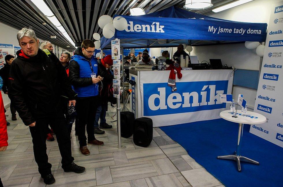 Olympijský festival u Ostravar Arény, neděle 18. února 2018 v Ostravě. Stánek Deníku na olympijském festivalu