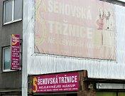 Šenovské tržnici na Hranečníku pomalu, ale jistě zvoní umíráček - snímek z koncem září 2017.