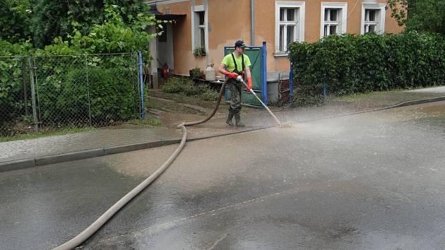 Intenzivní bouřky zasáhly náš region. Nejvíce postiženou obcí v celém Moravskoslezském kraji byla obec Třebom.