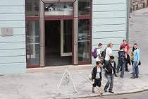 Ostravské ulice zaplavili studenti.