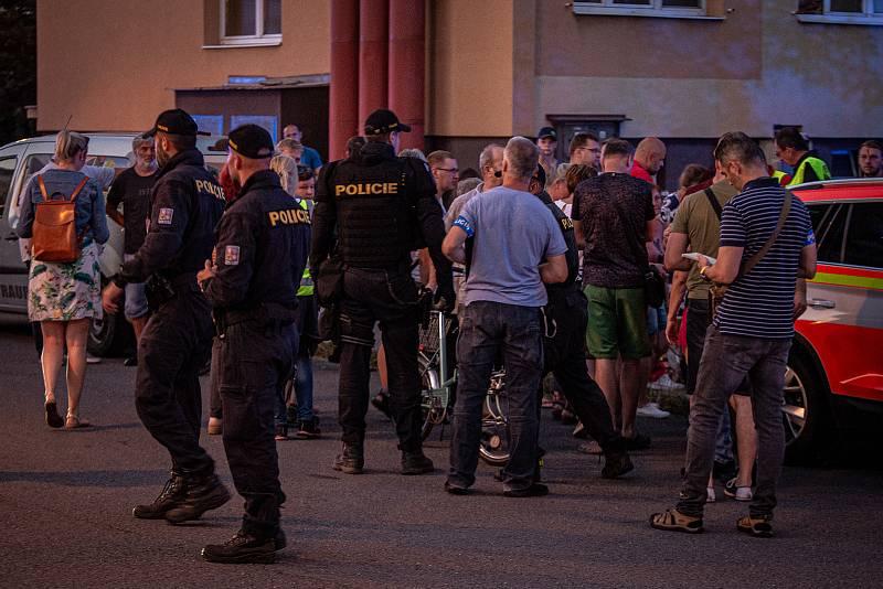 Zásah u tragického požáru výškového domu, 8. srpna 2020 v Bohumíně.