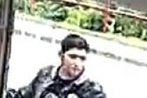 Neznámý mladík měl dne 8. července 2020 v čase 13.50 hodin v ulici Starobělská poblíž domu čp. 3 v Ostravě – Zábřehu zezadu přiběhnout k poškozené ženě (r. 1951) a chtít po ní kabelku, kterou měla při sobě.