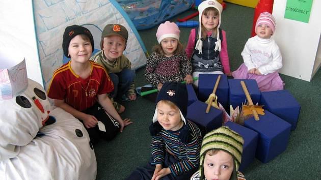 Děti z anglické mateřské školy Hello Teddy v Ostravě