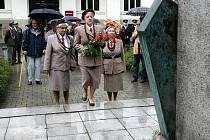 Pietní akt s odhalením nových desek se u Zborovského památníku v centru Ostravy konal v sobotu, tedy v den, kdy si váleční veteráni připomněli 94. výročí od vítězné bitvy u Zborova.