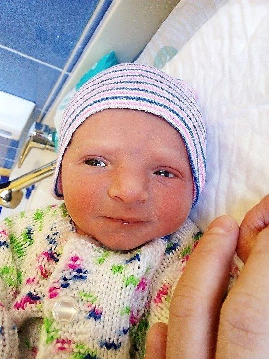 Bára Kittnerová, Krnov, narozena 27. dubna 2021 v Krnově, míra 47 cm, váha 2680 g. Foto: Pavla Hrabovská