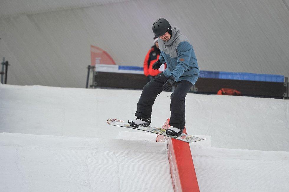 Olympijský festival u Ostravar Arény, 9. února 2018 v Ostravě. snowboarding