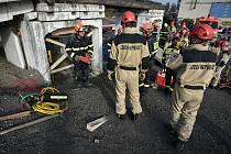Hasiči ze tří zemí nacvičovali záchranu osob při mimořádných situacích.
