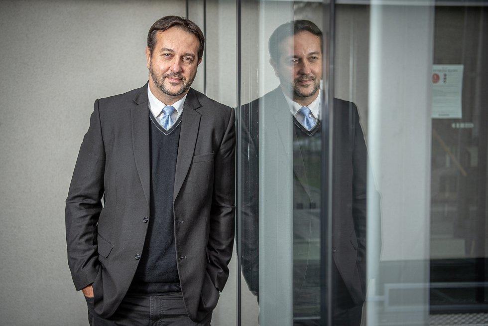 Rastislav Maďar při focení pro Deník, říjen 2020 v Ostravě.