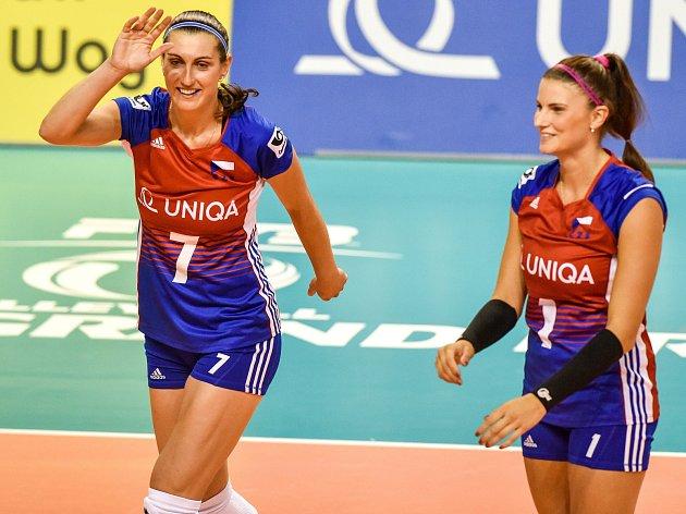 Zleva Iva Nachmilnerová a Andrea Kossányiová.