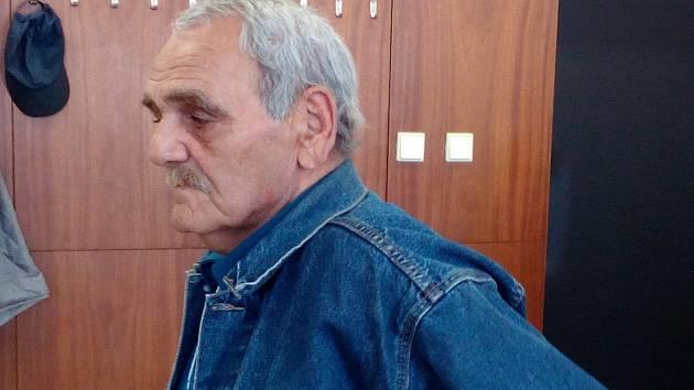 Obžalovaný muž uvedl, že si na průběh incidentu nepamatuje.