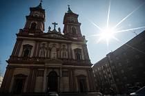Katedrála Božského Spasitele v centru Ostravy. Ilustrační foto.