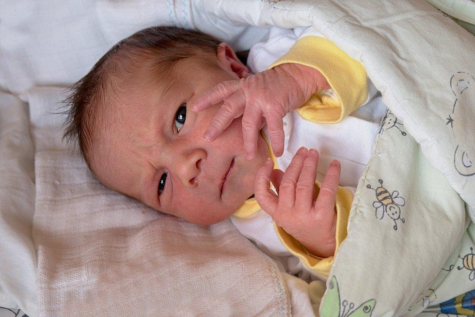 František Klügl z Bohumína, narozen 4. května 2021 v Karviné, míra 49 cm, váha 3250 g. Foto: Marek Běhan
