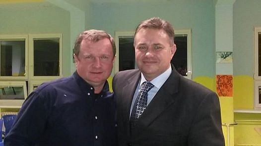 Milana Chalupu pojí sreprezentačním koučem už řadu let pevné přátelství. Iproto Pavel Vrba navštívil porubskou základní školu J. Šoupala, kde má Baník už řadu let žákovské tréninkové centrum.