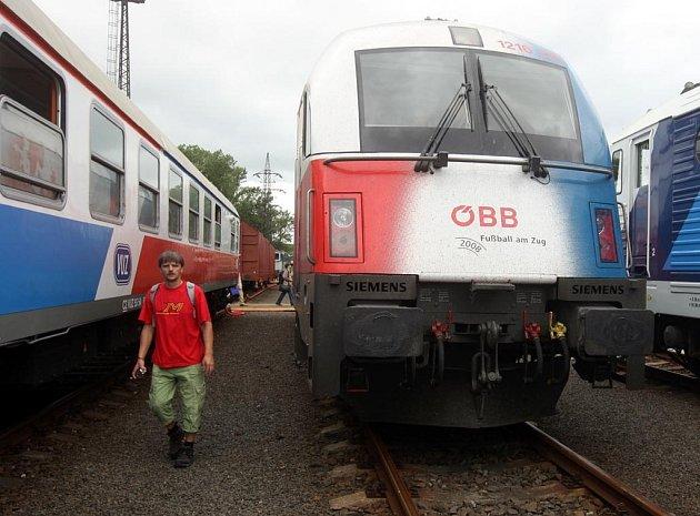 Veletrh Czech Raildays 2009  v prostorách nákladového nádraží v Ostravě-Přívoze
