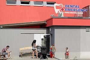 Zubní pohotovost u městského stadionu v Ostravě-Vítkovicích má více než stoprocentní nárůst pacientů.
