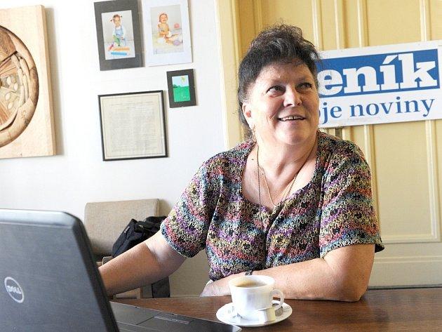 Olga Havlová v redakci Deníku