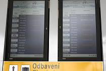 Pondělní první let z Letiště Leoše Janáčka v Ostravě-Mošnově směřoval do Vídně a zpět.