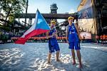 DVA HORNÍCI. Tak se na turnaji v Ostravě 2019 radovali z 2. místa Ondřej Perušič (vlevo) a David Schweiner.