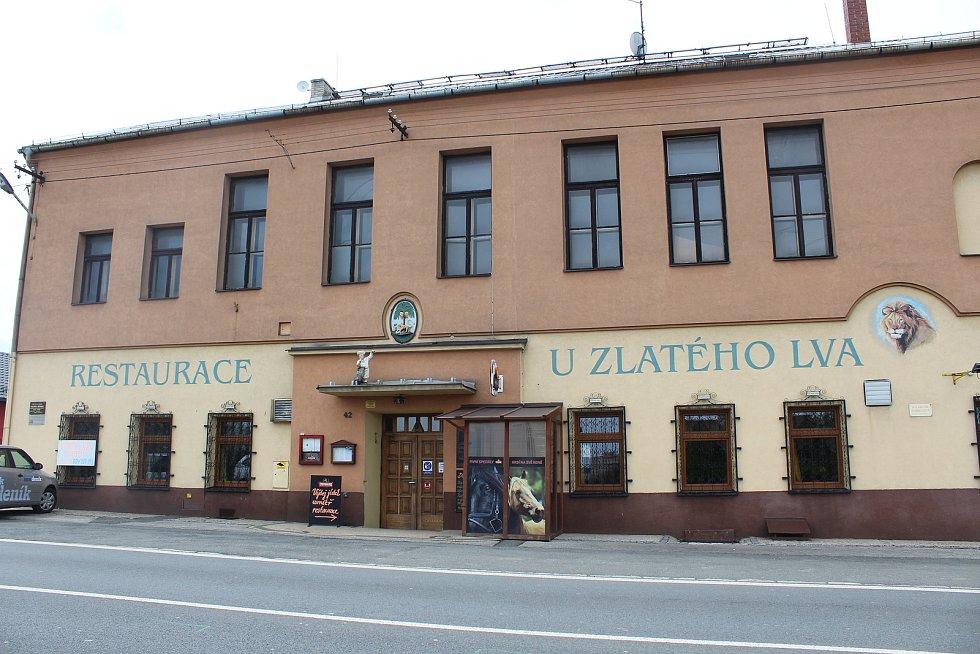 Restaurace U Zlatého lva v Ostravě, květen 2021.