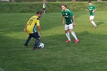 Fotbalisté Libhoště v 7. kole I.A třídy, skupiny B porazili doma Smilovice 2:1 a v tabulce jsou čtvrtí. O výhře rozhodl v úplném závěru gól Lukáše Hanzelky.
