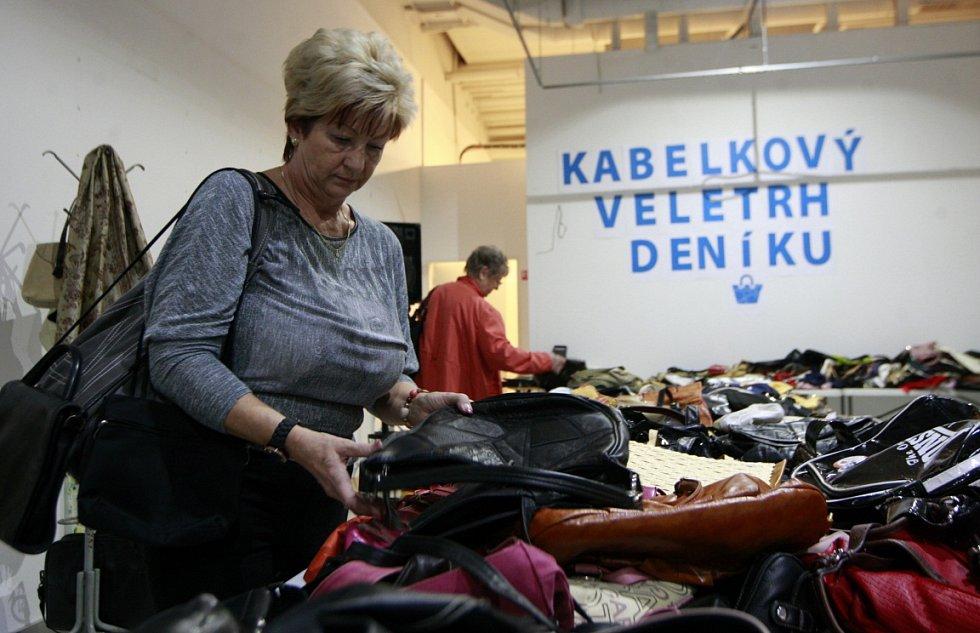 Druhý ročník Kabelkového veletrh Deníku 13. listopadu 2015 v OC Forum Nová Karolina.