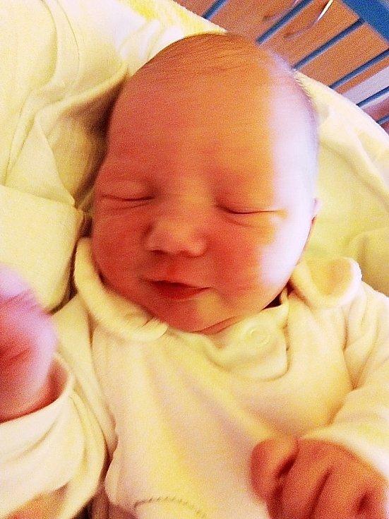 Tamara Vémolová, Třemešná, narozena 2. května 2021 v Krnově, míra 52 cm, váha 3910 g. Foto: Pavla Hrabovská