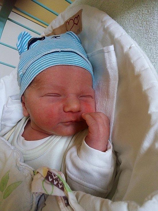 Jiří Dašek, Mnichov, narozen 21. července 2021 v Krnově, míra 48 cm, váha 3060 g. Foto: Pavla Hrabovská