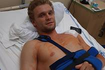 Martin Růžička se ve čtvrtek podrobil v olomoucké fakultní nemocnici operaci levého ramene. Aktuální foto z pátečního odpoledne.