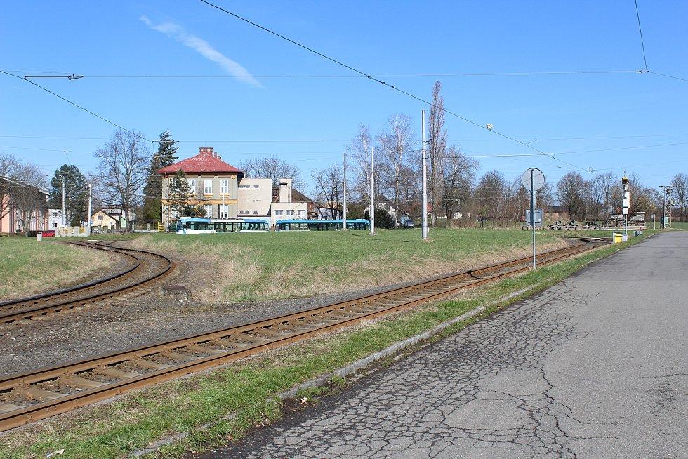 Točna tramvají v Martinově.