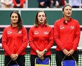 Utkání kvalifikace Fedcupového poháru Česká republika - Rumunsko, dvouhra, 9. února 2019 v Ostravě. Na snímku (zleva) Monica Niculescuová, Ana Bogdanová, Irina-Camelia Beguová.