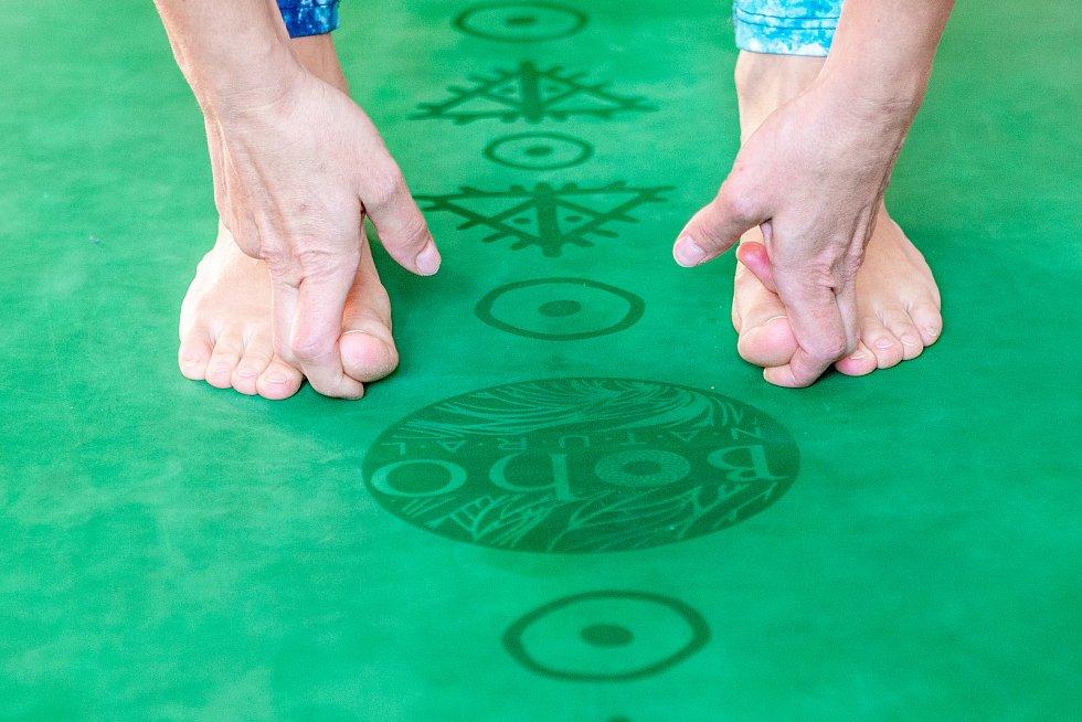 Shanti Yoga Studio, lekce jógy pod vedením lektorky Daniely Bártové, 14.10.2019 v Ostravě.