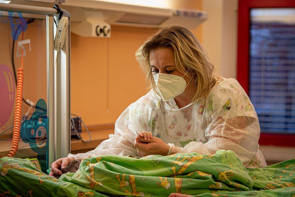 Zdravotní sestřička Michaela Češková z Fakultní nemocnice Ostrava (FNO), 9. prosince 2020 v Ostravě.
