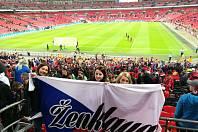 Fanynky z Ženklavy ve Wembley.