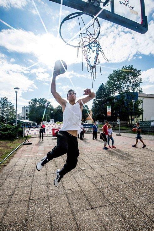 Víkend v olympijském parku na ostravském Masarykově náměstí.