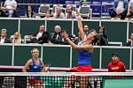 Utkání kvalifikace Fedcupového poháru Česká republika - Rumunsko, dvouhra, 10. února 2019 v Ostravě. Barbora Krejčíková a Kateřina Siniaková proti Irina-Camelia Beguová a Monica Niculescuová.