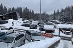 Parkoviště Hvězda směrem na Praděd, sobota 9. ledna odpoledne.