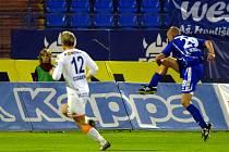 Hartig se raduje ze vstřeleného gólu do sítě Baníku.
