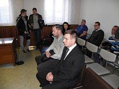 Oba obžalovaní – Miroslav Polák (vpravo) a Petr Hrozen – se ke kokainovým kšeftům přiznali.