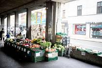 Prodejna zeleniny u křižovatky Sokolské třídy a 28. října v Ostravě.